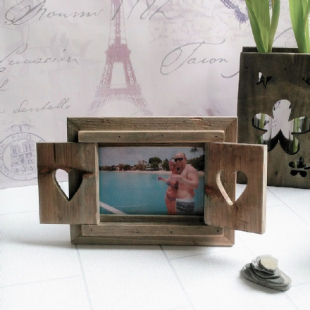 40% Off Beautiful shutter frame with hearts